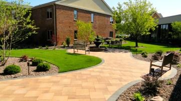 landscaper, Milwaukee landscaper, landscape companies, landscaping companies, spring landscaping