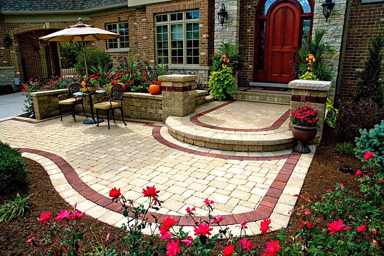 landscaper, Milwaukee landscaping, landscaping companies, patio installers, paver contractors