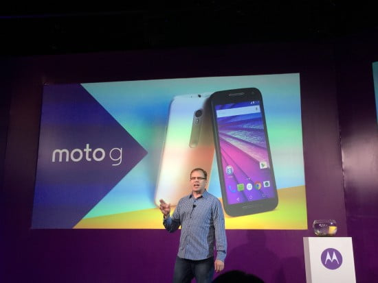 Steve Sinclair VP de Marketing da Motorola apresentando o novo Moto  G 2015