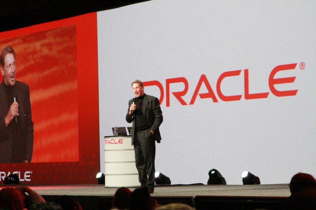 Larry_Ellison_in_Oracle_OpenWorld