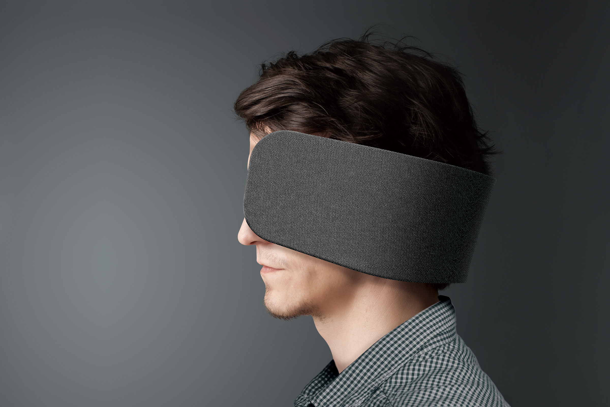 Panasonic Wear Space: Human Blinders for Concentration