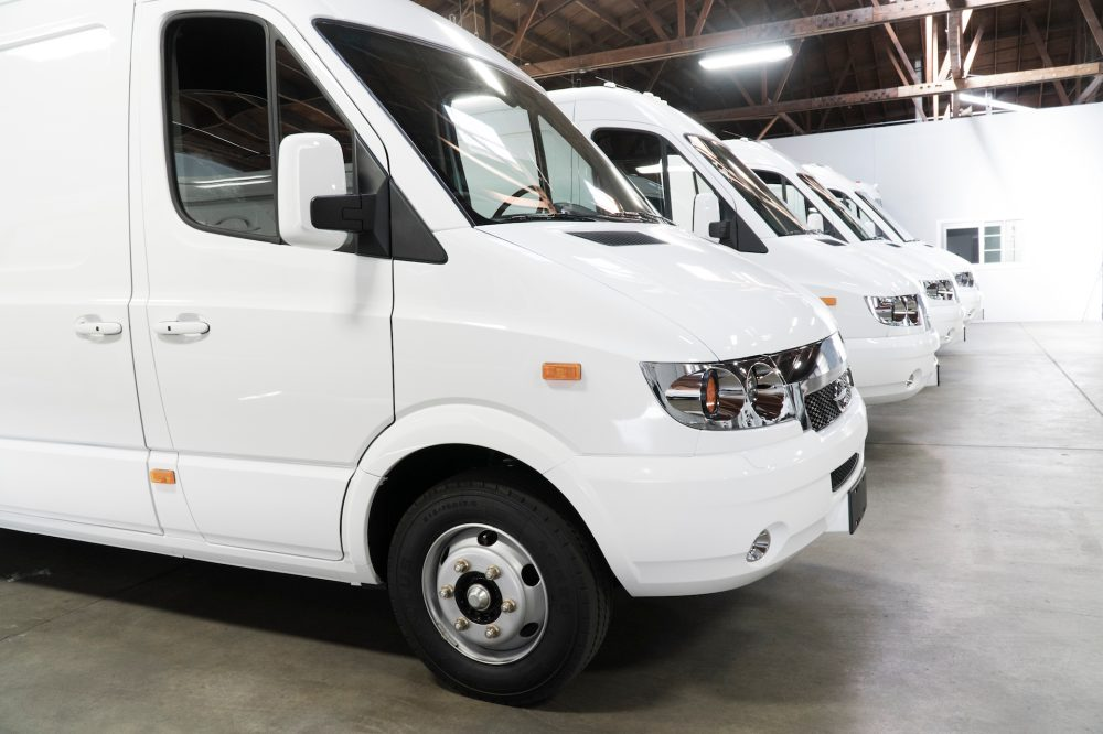 FedEx Expands Their Delivery Fleet With 1,000 New Electric Vans