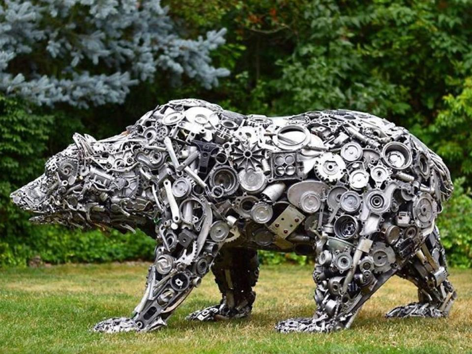 Artist Makes Incredible Sculptures Made Out Of Recycled Materials