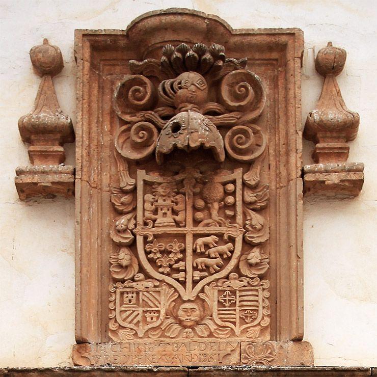 Escudo de Don Cristóbal de la Torre.