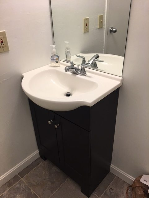 16_Bathroom_1