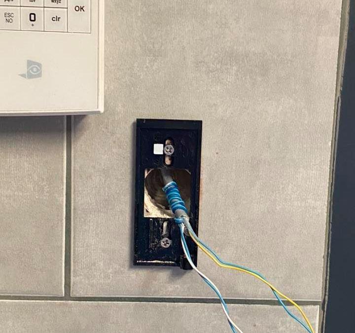 Installation d'un contrôle d'accès VAUBAN VERSO+ à Drumettaz-Clarafond en Savoie