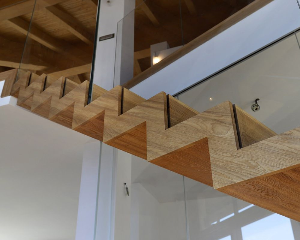 dettaglio Scala in legno in casa d'epoca