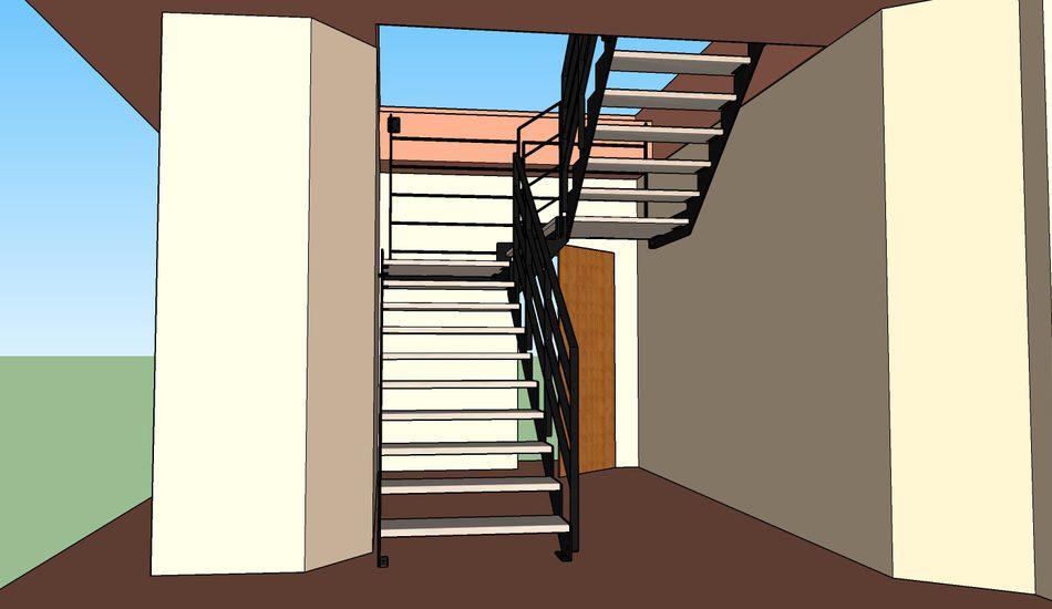 scala con strutture laterali in ferro e gradini in faggio