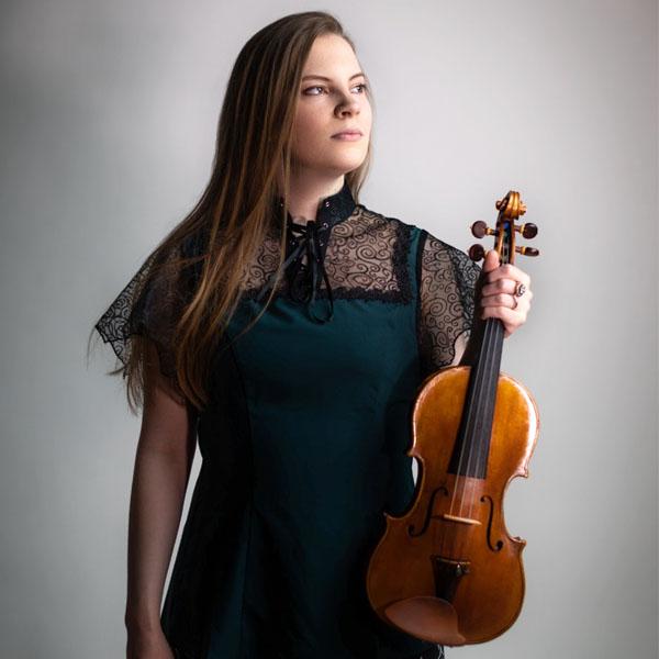 InterContinental Music Awards winner 2019, Michelle Winters, portrait