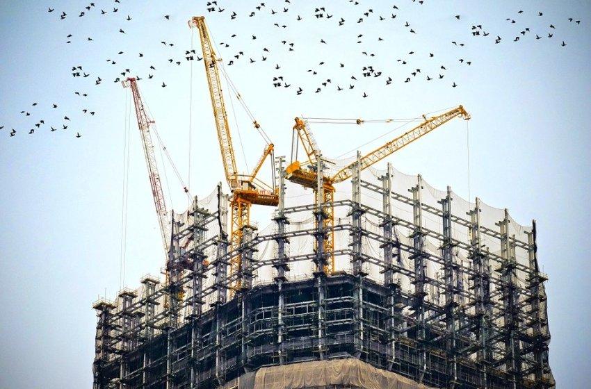 Las empresas de construcción de Valencia y Castellón denuncian la demora en pagos que están sufriendo en su vuelta a la actividad