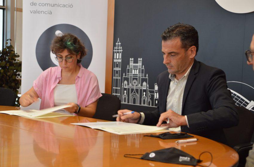À Punt firma un convenio de colaboración con la coordinadora valenciana de ONGD'S