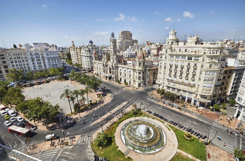 HOSBEC denuncia que el Ayuntamiento de València sube el Impuesto de Actividades Económicas a los hoteles un 20% en el año de menor actividad económica de la historia