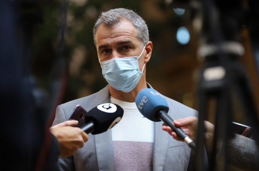 Cantó propone que los policías, militares y funcionarios de prisiones sean considerados grupo esencial en la vacunación
