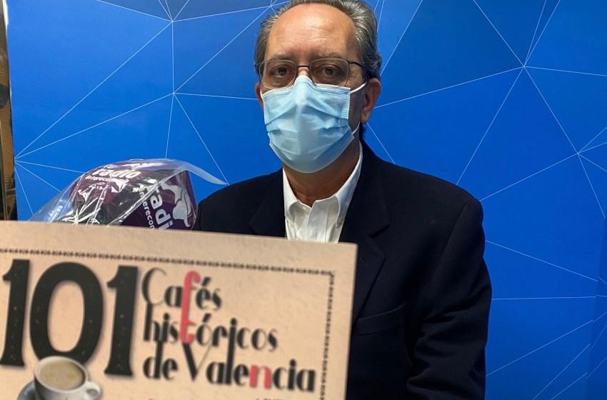 """101 cafés históricos de Valencia"" con Arturo Cervellera"