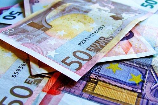 Hacienda remite a la Comunitat para su firma el convenio de las ayudas directas para autónomos y pymes por 647 millones de euros