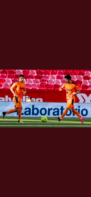 Un Valencia conservador no priva al Sevilla de continuar por la lucha de la liga