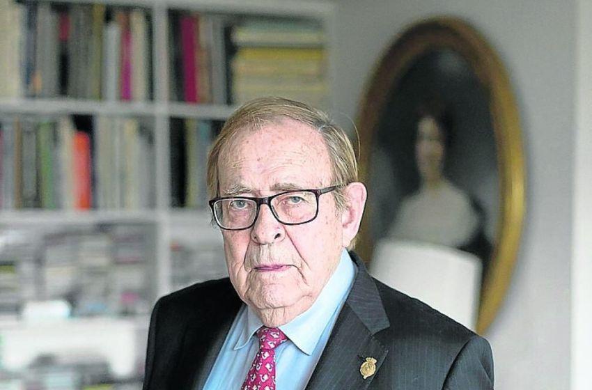 """Ramón Tamames presenta en A Buenas Horas """"La Mitad del Mundo que fue de España""""."""