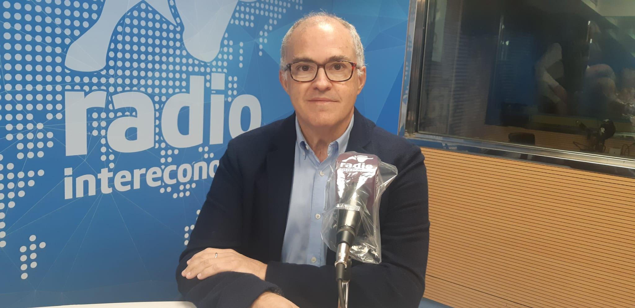 """Fernando de Rosa en El Intercafé: """"Estamos en un momento histórico para agrupar al centro derecha contra el sanchismo"""""""