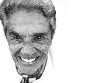 https://i2.wp.com/www.interescena.com/wp-content/uploads/2007/12/chavela-vargas-2.jpg