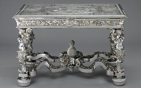 pineapple table William II