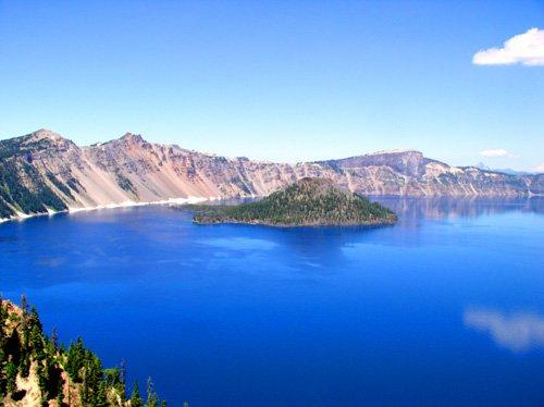 Caldera and volcano lakes of the world