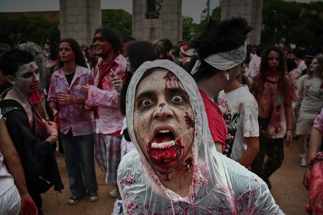 Zombie look a like, be on your guard for real Zombies, a lot of them support West Ham. Image by Flickr user rodolpho.reis