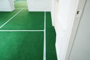 "vue de l'exposition ""Tennis en appartement"""