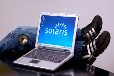 Notebook Tecnoworld com Solaris