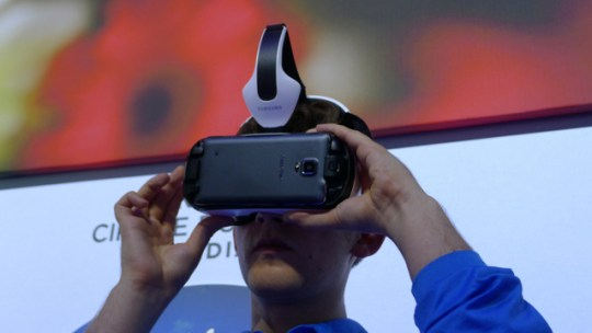 samsung galaxy gear VR  - 2