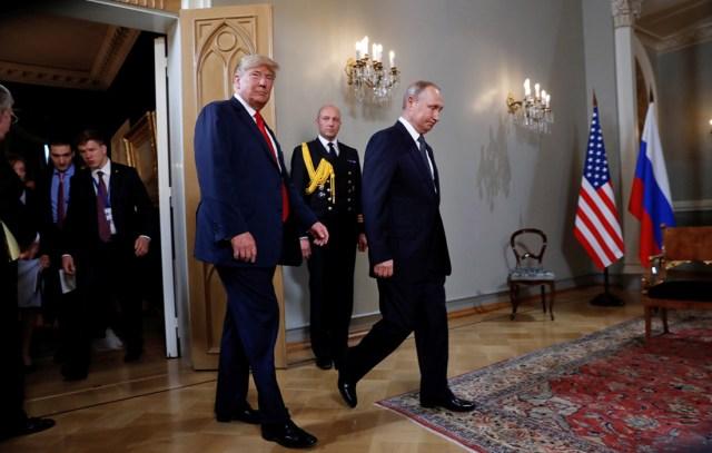 Donald Trump i Władimir Putin spotkali się w Pałacu Prezydenckim w Helsinkach