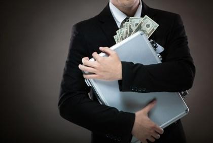 Госдума рассмотрит изъятие у чиновников денег неизвестного происхождения
