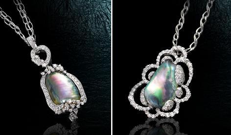 アワビ貝からとれる天然真珠