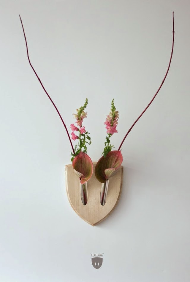 Floral wall trophy by elkebana.com