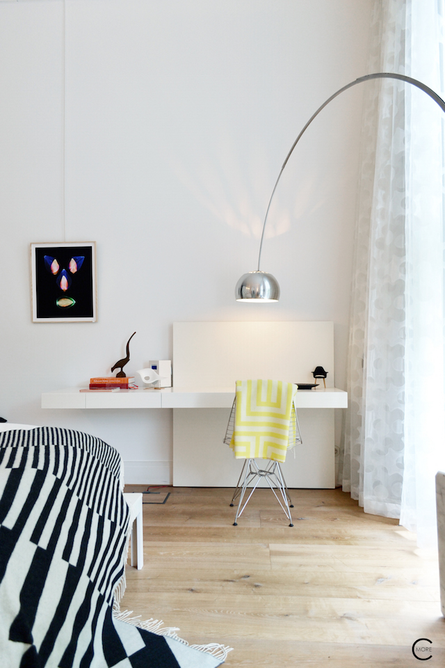 Vitra Design Kwartier Den Haag Studio van t Wout bedroom workplace wirechair design miniatures