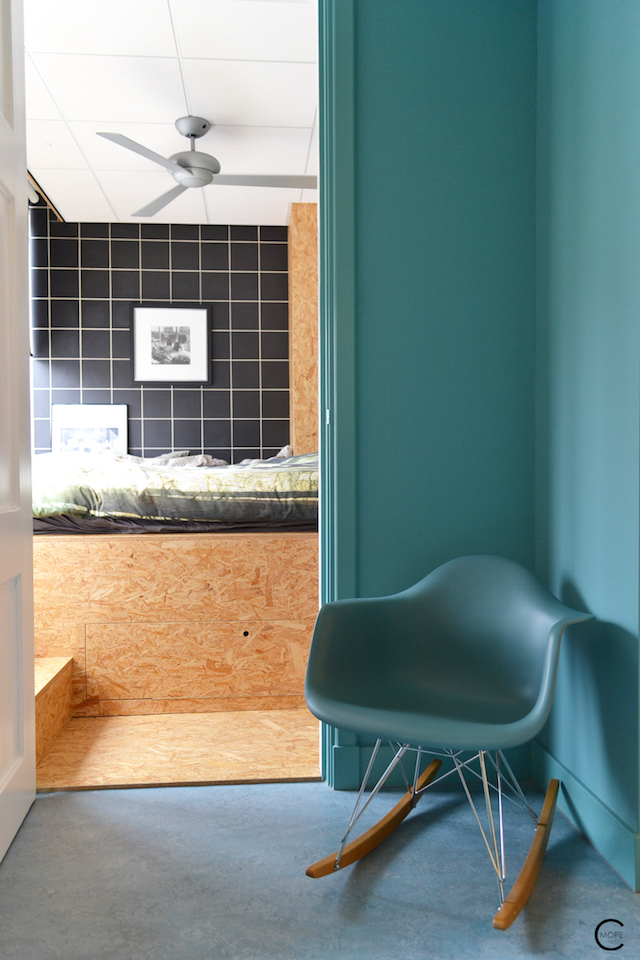 Vitra Design Kwartier Den Haag Studio van t Wout blue Eames chair wall bedroom hall osb wood