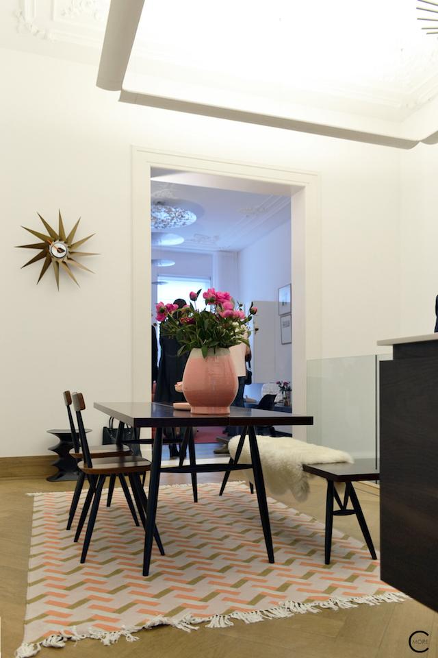 Vitra Design Kwartier Den Haag Studio van t Wout table wood bench styling