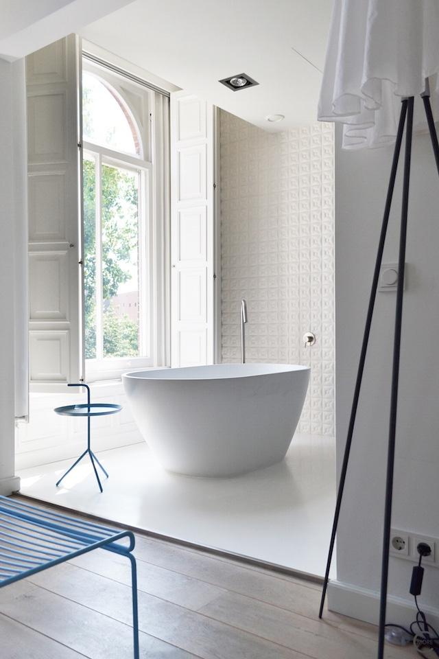 Jee-O bath shower wellness spa Design bathroom Manna awardwinning Design Hotel NL 02