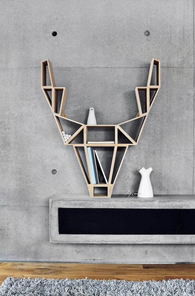 BEdesign | Deer shelf | metal | oak wood