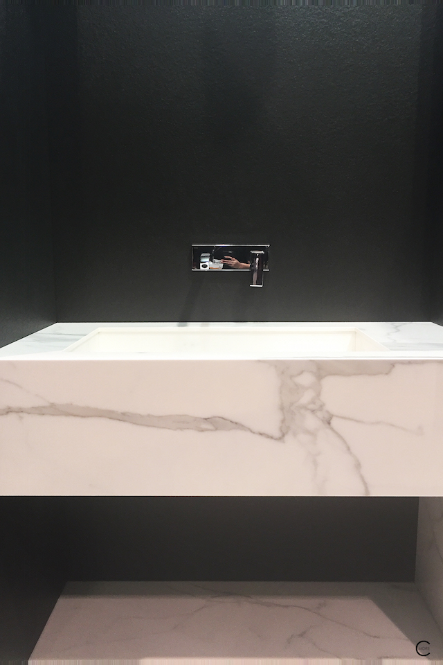 BlogtourKBIS 2016 | Las vegas | Kitchen and bathroom trends | Marble trend | Classtone neolith minimal sink bathroom | picture by C-More