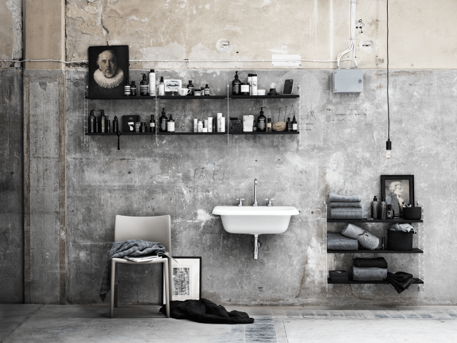 String Plex | Bathroom