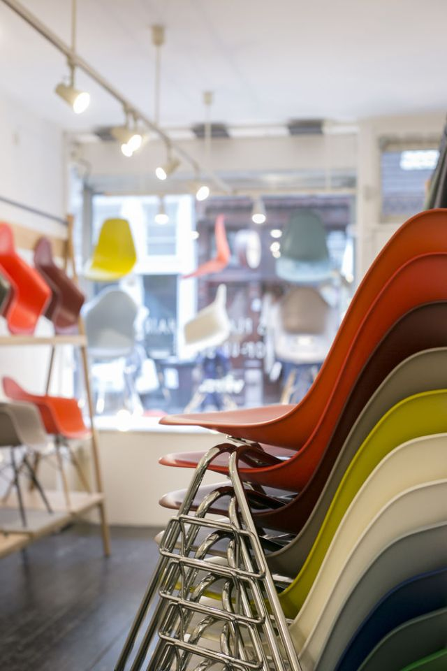 Vitra | Eames Plastic Chair | Pop-Up Store Amsterdam | Picture C-More for Vitra