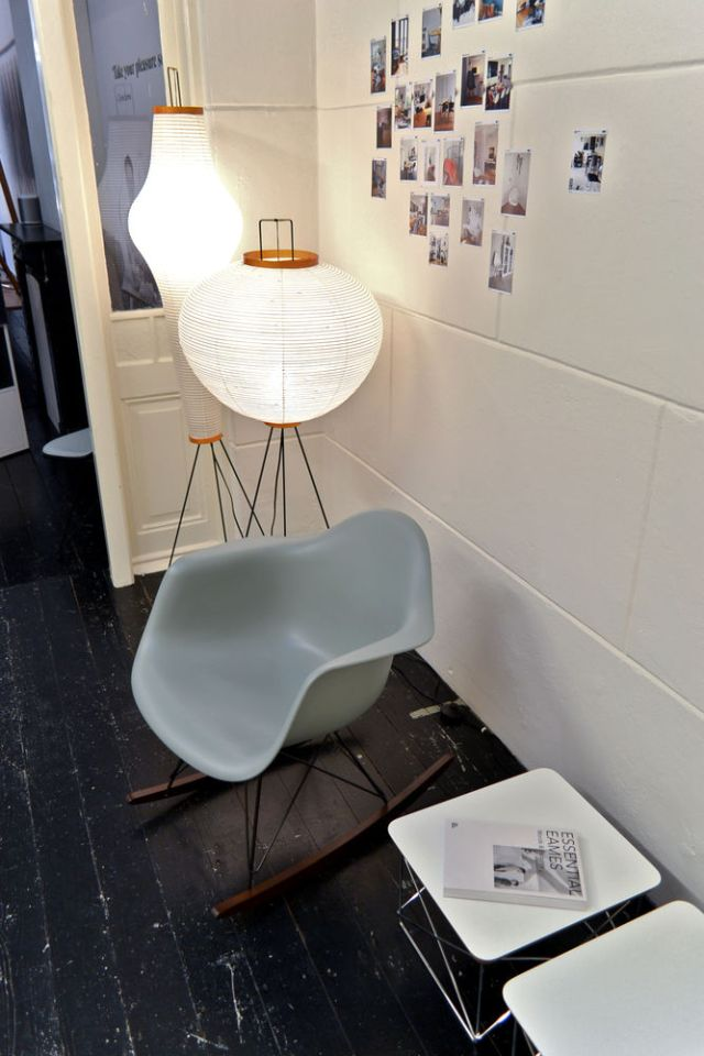 c more interieuradvies blog interior and design blog vitra eames plastic chair pop up store. Black Bedroom Furniture Sets. Home Design Ideas