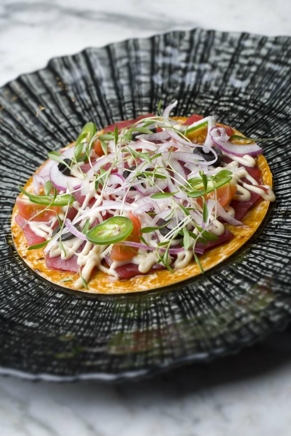 La 'pizza sushi', uno de los platos de Natsuki. Fotografía: cortesía.