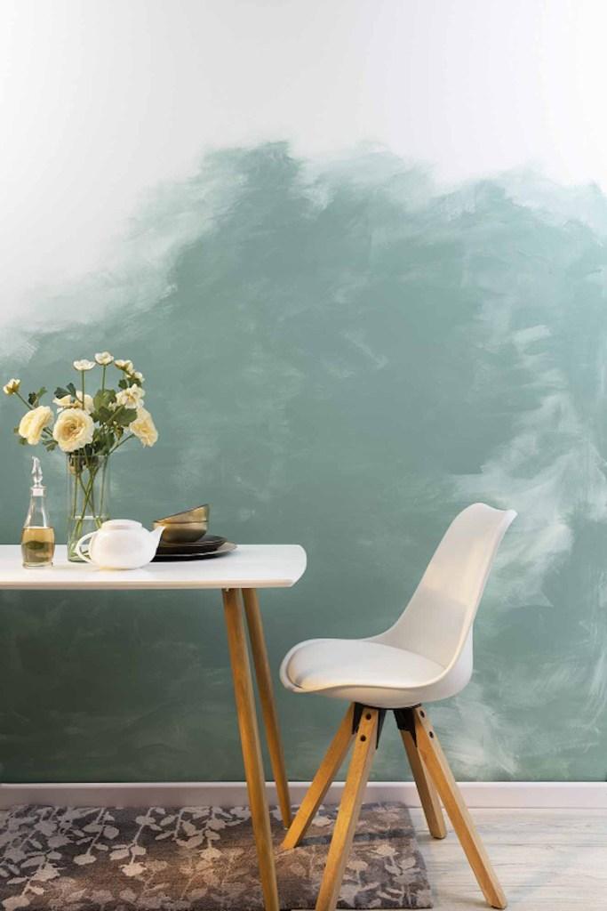 Los tonos azules verdosos y el turquesa pisan fuerte para el 2020. En la imagen, el tono Marbella de Pinturas Kölor se aplicó como fondo de pared sobre el cual se pinta una nube logrando un efecto original. Fotografía: cortesía.