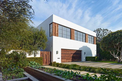 jenni-kayne-home-beverly-hills-exterior-front-view