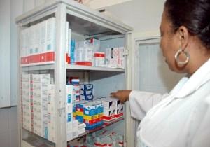 Medicamentos para Pacientes Transplantados. Na foto:Rosimeire Fernandes/Farmacêutica Foto de Aristeu Chagas/Agecom.