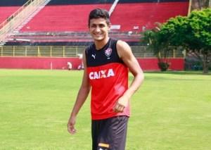 50fc6dbdf6a26 Vitória revela proposta do exterior pelo zagueiro Ramon – Interior ...