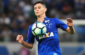 Diogo Barbosa não ficará no Cruzeiro para 2018. O atual presidente da  Raposa a18c0a8f8b335
