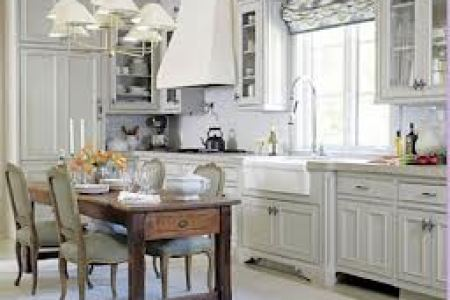 Things to consider before selecting kitchen curtain     Interior     If your kitchen has a particular theme or color  you should try to blend it  with overall theme of the curtains  Match it according to the color of  tiles