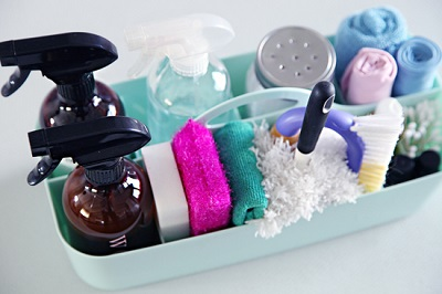 cleaning_caddy_for_house_cleaning